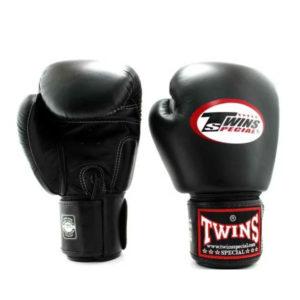 Боксерские перчатки цвет черный