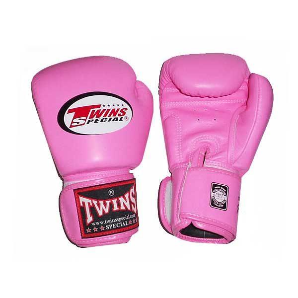 Боксерские перчатки цвет розовый