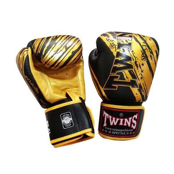 Боксерские перчатки цвет черный с золотом