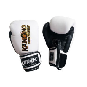 Перчатки для бокса белые