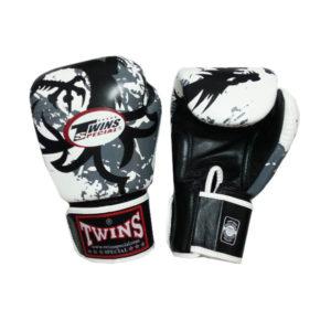 Боксерские перчатки цвет белый с черным